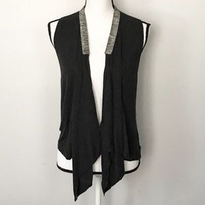 Gap Open Front Sweater Vest Silver Collar A631